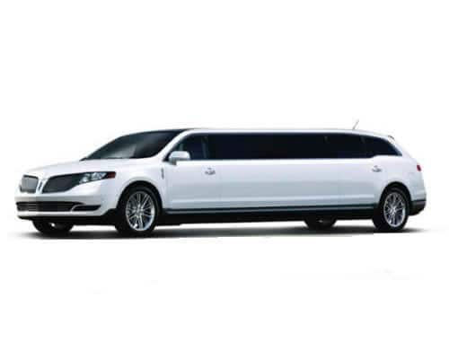 LINCOLN MKT STRETCH LIMO – WHITE EXTERIOR
